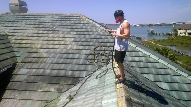 Jacksonville pressure washing roof cleaning power washing jacksonville - Using water pressure roof cleaning ...